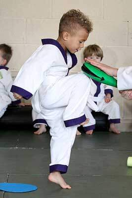 Warrior Factory Leeds Little Dragon kneeing